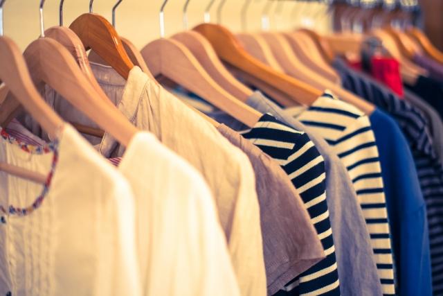 服の断捨離から学んだ理想のワードローブにする5つのコツとは?