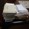 200通の思い出の手紙を捨てる。使用済み切手は寄付しました